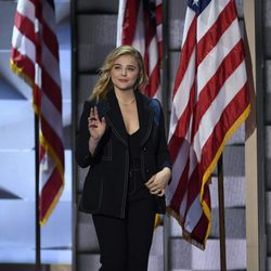Chloe Moretz en la Convención Demócrata de Hillary Clinton