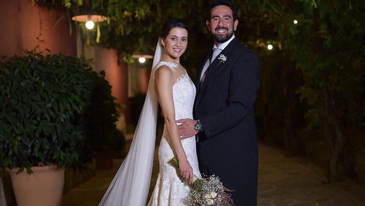 Inés Arrimadas y Xavier Cima celebrando su boda