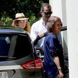 El Rey Felipe VI, la Infanta Elena y la Reina Sofía en el cumpleaños de la Infanta Pilar
