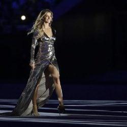 Gisele Bündchen desfilando en la ceremonia de inauguración de los Juegos Olímpicos de Río 2016