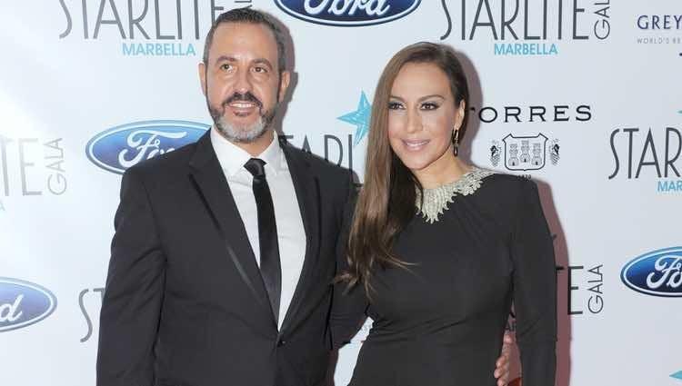 Mónica Naranjo junto a su marido Óscar Tarruella en la Gala Starlite 2016