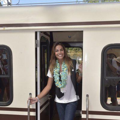 Lara Álvarez en el tren
