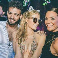 Raquel Bollo y su hijo Manuel Cortés con Paris Hilton en Ibiza