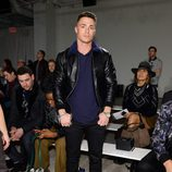 Colton Haynes en la New York Fashion Week 2016