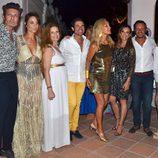 carmen Lomana, Lara Dibildos y Olvia de Brobón entre las celebridades asistentes a una fiesta en Marbella