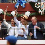 El Rey Juan Carlos, la Infanta Elena, Froilán y Victoria Federica en los toros en Donosti