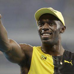 Usain Bolt celebra que ha ganado una nueva medalla de oro en Río 2016