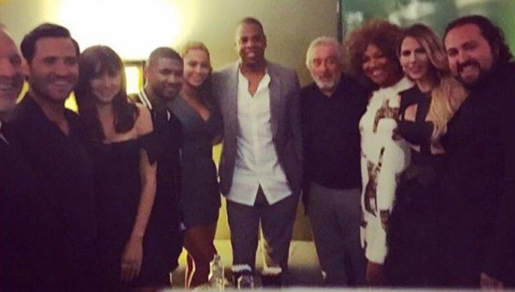 Ana de Armas, Edgar Ramírez, Usher y Robert de Niro con Beyoncé y Jay Z