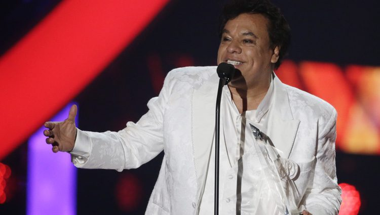 Juan Gabriel en los 'Latin Billboard Awards'
