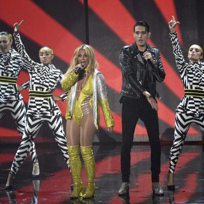 Britney Spears durante su actuación en los VMA's 2016