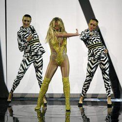Britney Spears en su reaparición en los VMA's 2016