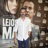 Jorge Lucas en el estreno de 'Lejos del mar'