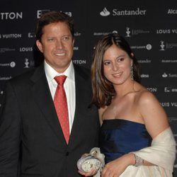 Chábeli Iglesias y su marido en un photocall