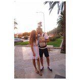 Malena Costa y Mario Suárez enseñan por primera vez Mallorca a su hija Matilda
