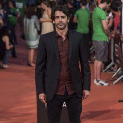 Eduardo Noriega en la alfombra del estreno de la serie 'La Sonata del silencio' en el Festival de televisión de Vitoria 2016