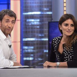 Penélope Cruz con Pablo Motos en 'El hormiguero'