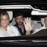 Miguel Poveda llegando a la parrillada previa a la boda de Rocío Carrascto y Fidel Albiac