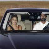 Mónica Martínez llegando a la parrillada previa a la boda de Rocío Carrascto y Fidel Albiac
