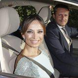 Juan Peña y Sonia González llegando llegando a la boda de Rocío Carrascto y Fidel Albiac