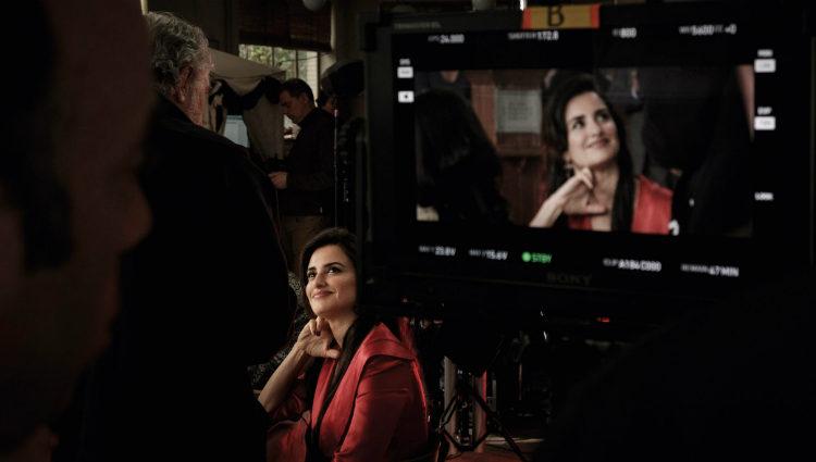 Penélope Cruz en el rodaje de 'La Reina de España'
