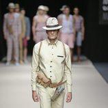 Nahuel Casares en el desfile de Félix Ramiro en Madrid Fashion Show Men