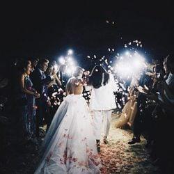 Dulceida y Alba durante la celebración de su boda