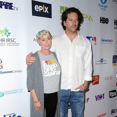 Shannen Doherty con Kurt Iswarienko en 'Stand Up to Cancer'