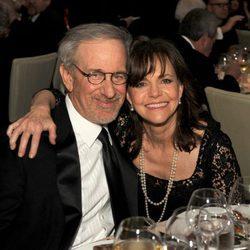 Steven Spielberg y Sally Field