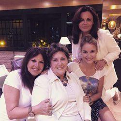 Reencuentro de 'Amigas y conocidas' con Alba Carrillo, Teresa Bueyes, Loles León y Paloma Gómez Borrero