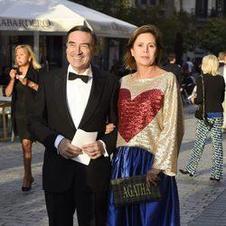 Ágatha Ruiz de la Prada y Pedro J. Martínez en el estreno de la temporada de ópera del Teatro Real 2016