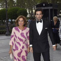 Ana Botella y Alonso Aznar en el estreno de la temporada de ópera del Teatro Real 2016