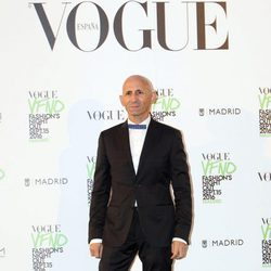 Modesto Lomba en el photocall de Vogue's Fashion Night Out 2016