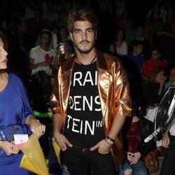 Jorge Díaz en el front row del desfile de Ágatha Ruiz de la Prada en Madrid Fashion Week primavera/verano 2017