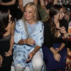 Eva Marciel, Belén Esteban, Andrea Janeiro y Cristina García en el front row del desfile primavera/verano 2017 de Dolores Cortés y Ulises Mérida en MFW