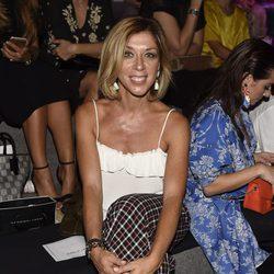 Eva Isanta en el desfile primavera/verano 2017 de Hannibal Laguna en Madrid Fashion Week