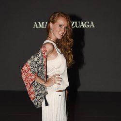 María Castro en el desfile primavera/verano 2017 de Amaya Arzuaga en la Madrid Fashion Week