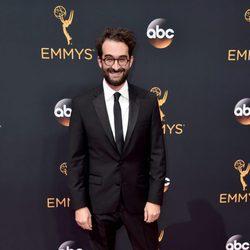 Jay Duplass en la alfombra roja de los Premios Emmy 2016