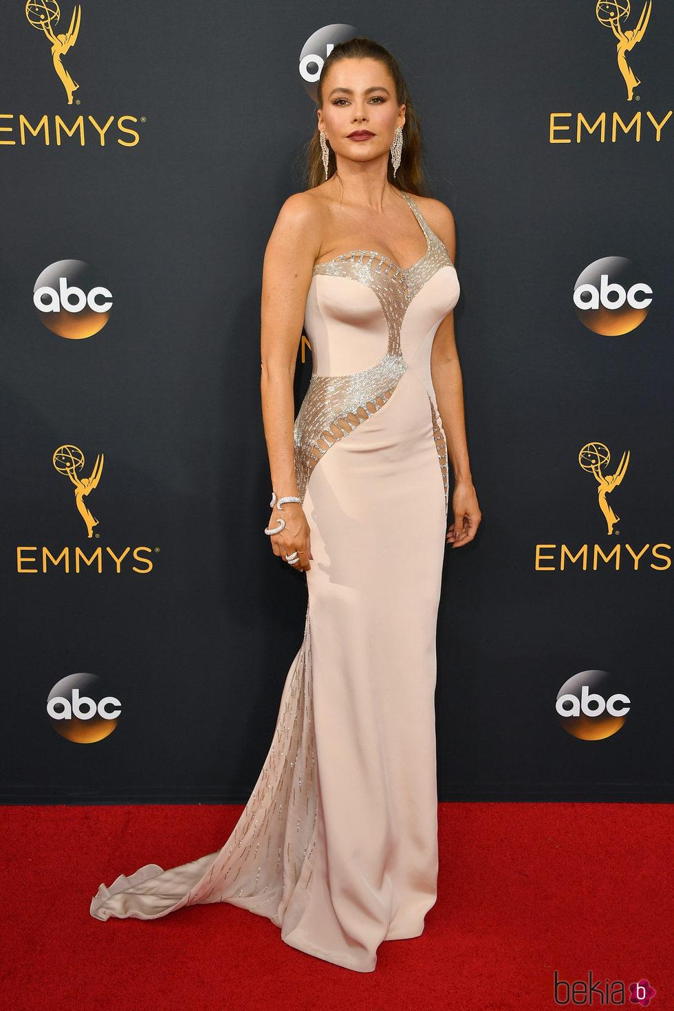Sofía Vergara en la alfombra roja de los Premios Emmy 2016