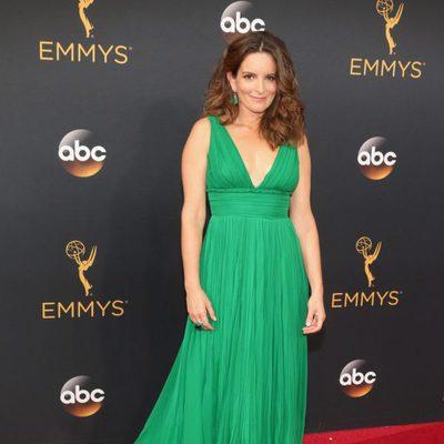 Tina Fey en la alfombra roja de los Premios Emmy 2016