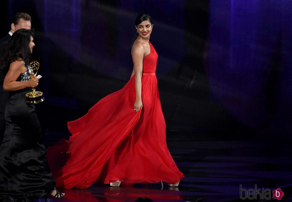 Priyanka Chopra en la gala de los Emmy 2016