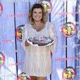 Terelu Campos con la tarta de su 51 cumpleaños