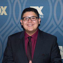 Rico Rodríguez durante la fiesta celebrada tras los premios Emmy 2016