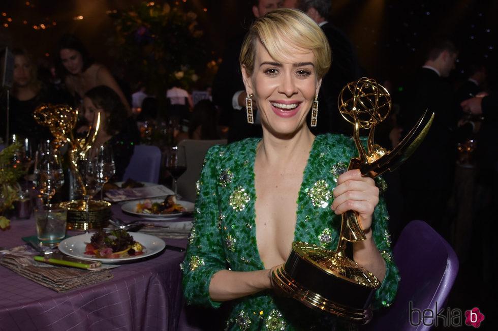 Sarah Paulson en la fiesta celebrada tras los Premios Emmy 2016