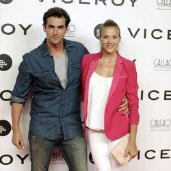Patricia Montero y Álex Adrover en el estreno del documental 'Soy uno entre cien mil'