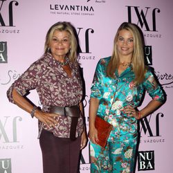 Cari Lapique y Carla Goyanes en la fiesta de presentación de la colección 'Mogambo' de Jorge Vázquez