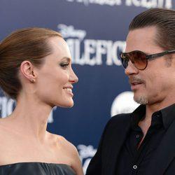 Brad Pitt y Angelina Jolie en la premiere de 'Maleficent' en Los Ángeles