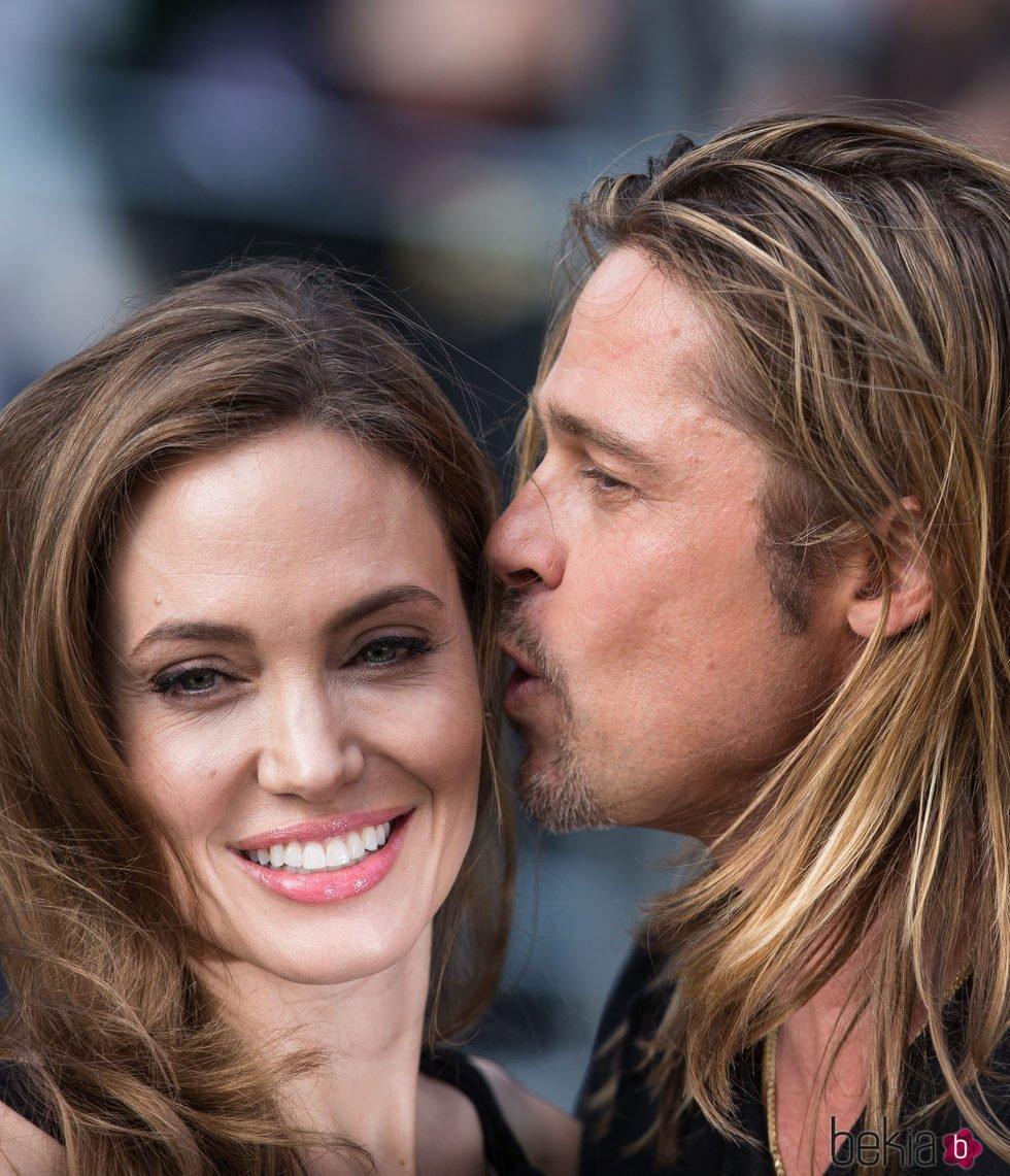 Brad Pitt y Angelina Jolie en la Premiere de 'World War Z' en Londres