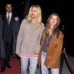 Brad Pitt y Jitka Pohlodek en 1994