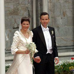 Marta Luisa de Noruega y Ari Behn en su boda