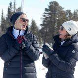 Mette-Marit de Noruega y su cuñada Marta Luisa de Noruega ríen divertidas